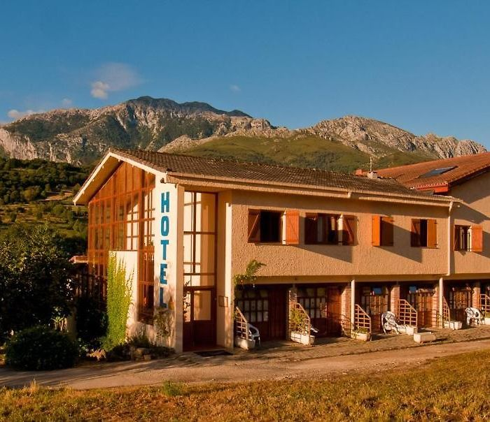 Asturias hotels & apartments, all accommodations in Asturias